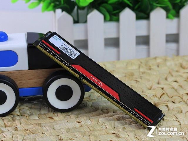 宇瞻 4GB DDR3 1600(黑豹玩家) 正面