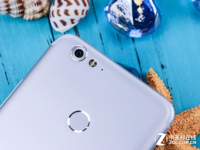 想要拍出更美的你 海信手机h10京东热卖